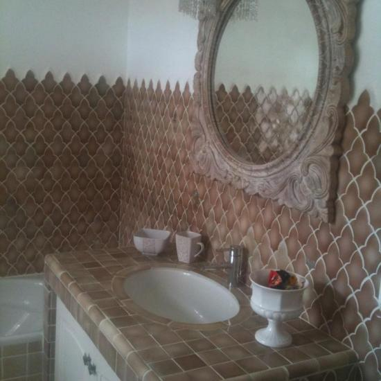 the bathroom of the romantic suite