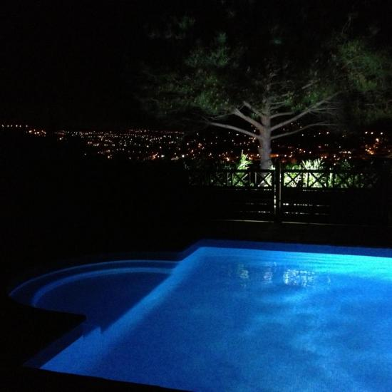 vue piscine nuit 1